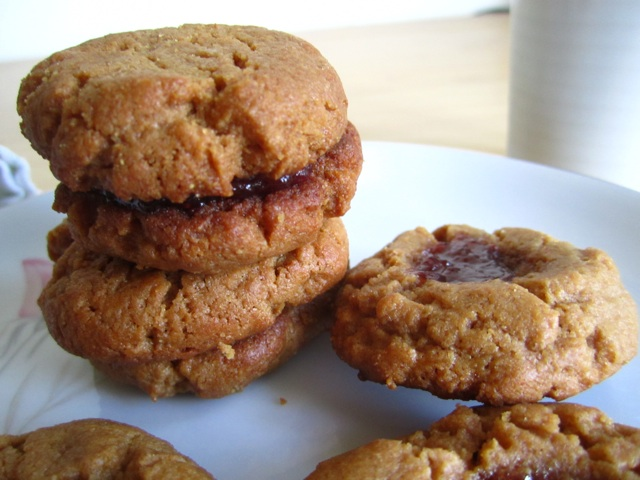 flourless peanut butter and jelly cookies | the patron saint of pie