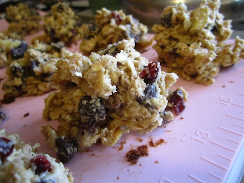 oatmeal cherry chocolate chip cookies